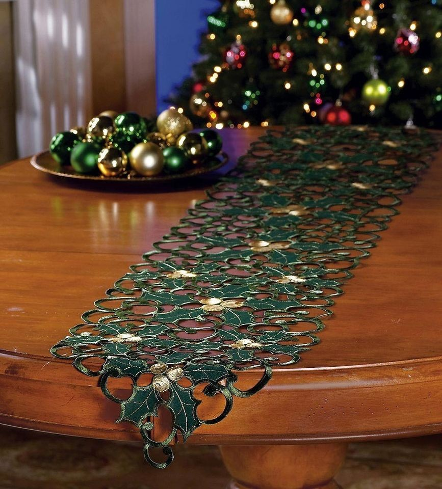 christmas table runners in Home & Garden