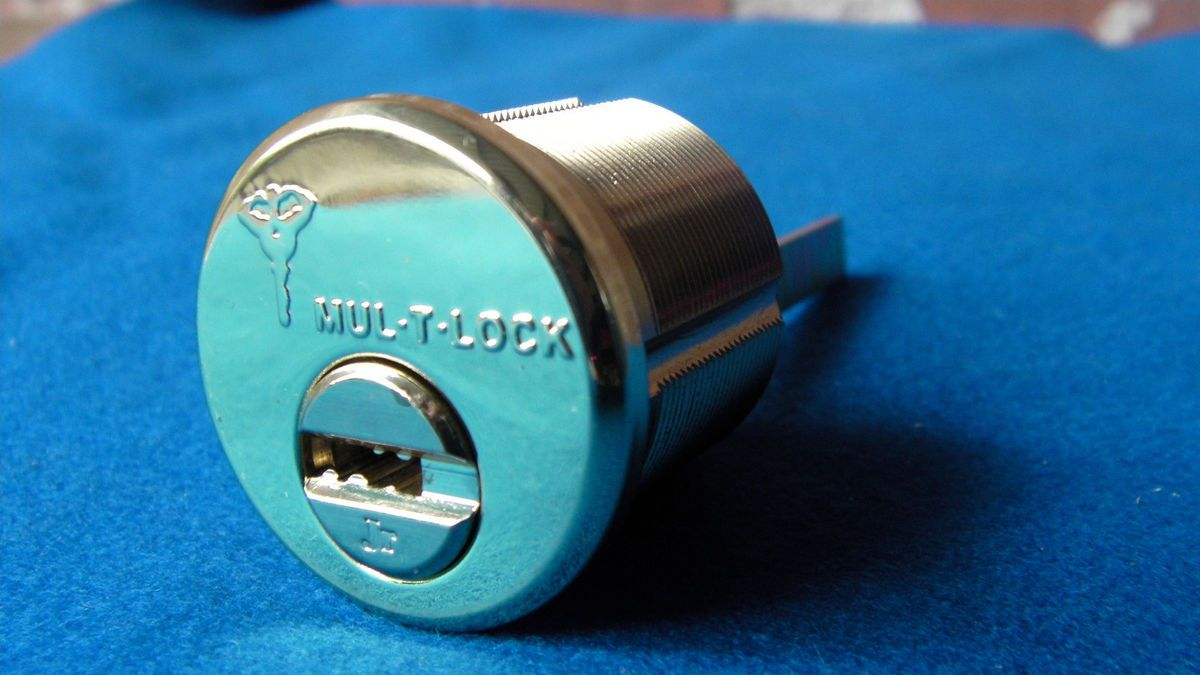 LOCK HIGH SECURITY LOCK RIM MORTISE JUNIOR CYLINDER w 3KEYS ASSA ABLOY