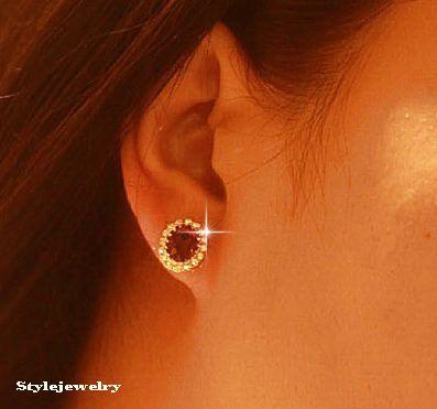 Vintage 18K White Gold GF Swarovski Crystal Emerald Green Stud Earring