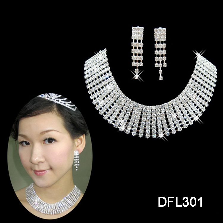 Wedding Bridal Bridesmaid crystal necklace earring Silver Jewelry set