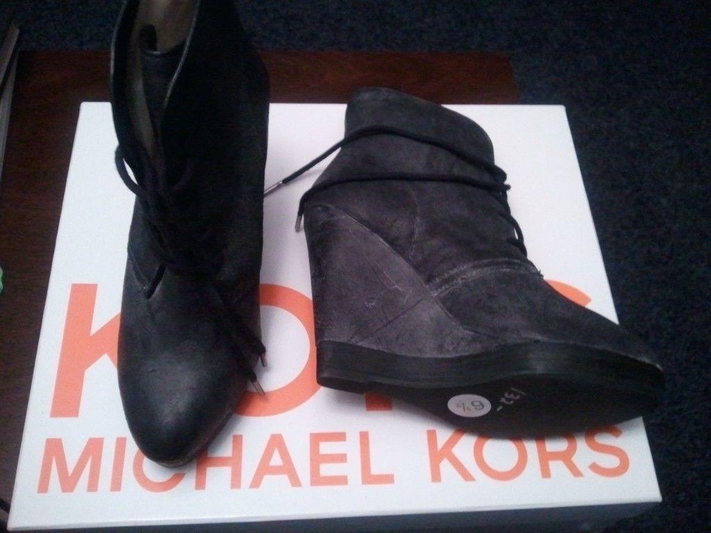 NIB AUTH Michael Kors Boots ankle lace Suede Platform Wedge Heel Black