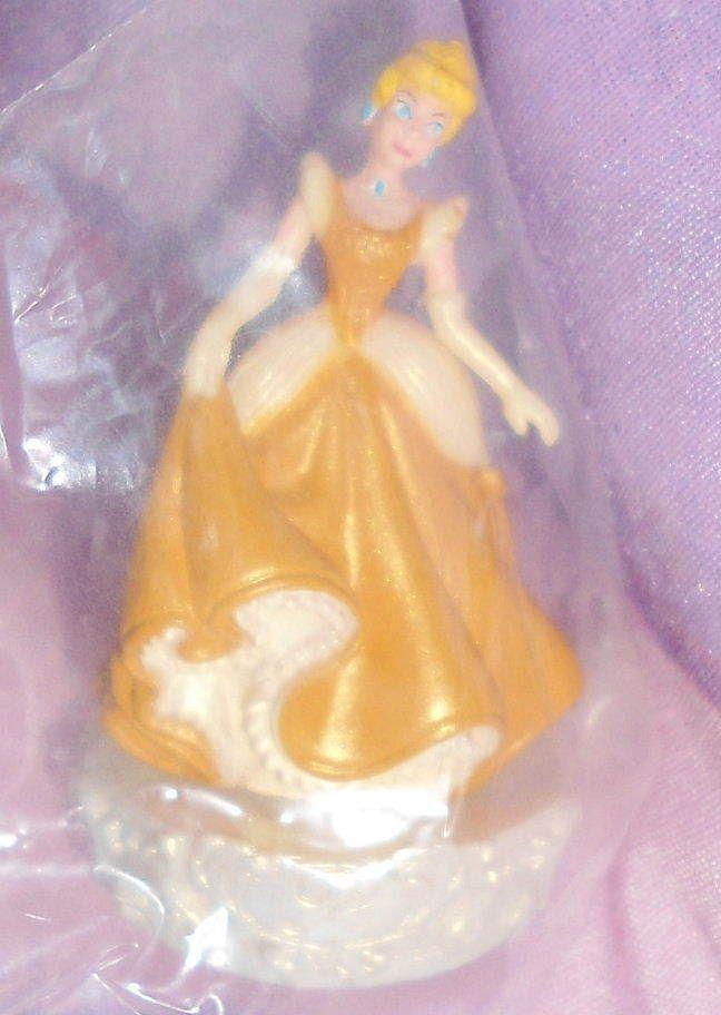 Disney Princess Cinderella 1 5 Tomy Japan Golden Dreams Figure RARE