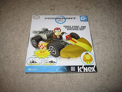 Mario Kart Wii Diddy Kong & standard Kart Building set