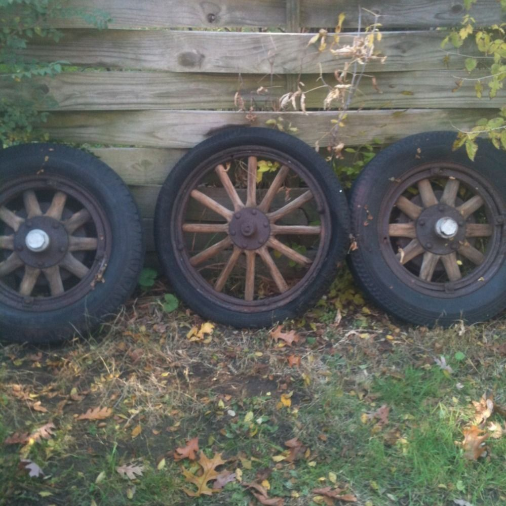 Antique Oldsmobile Wooden Car Wheels Rims old gmc wood wagon wheels