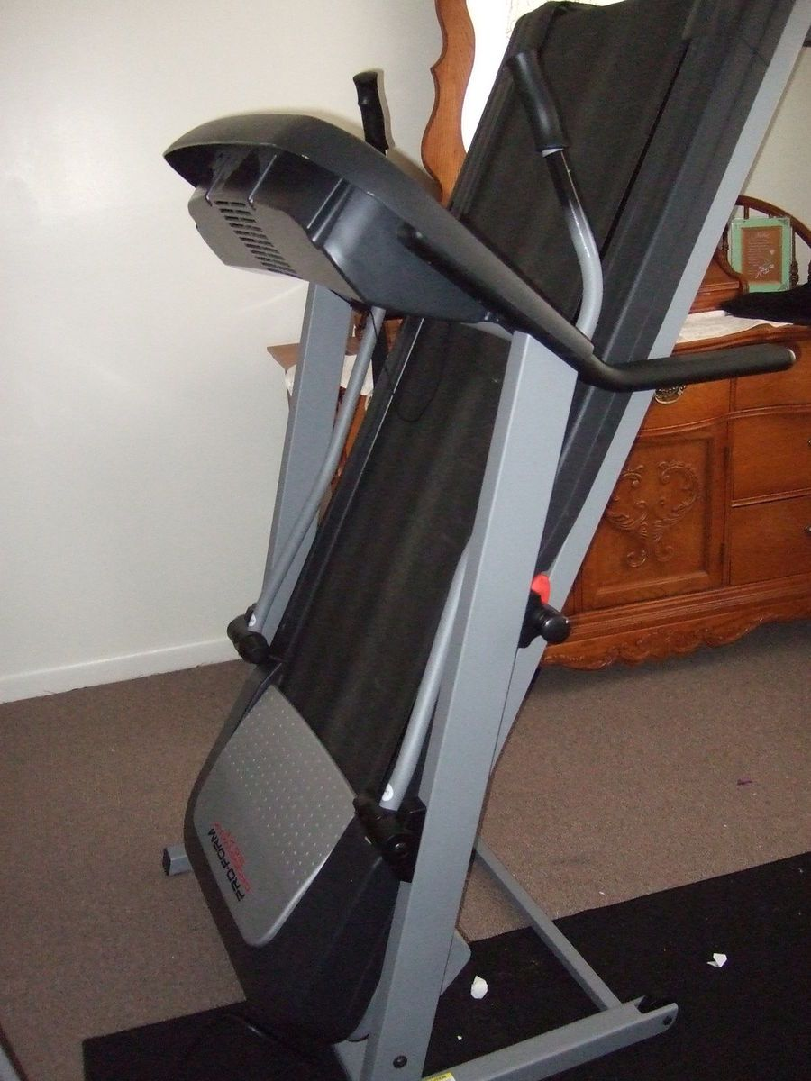 Pro Form Crosswalk 3 0 XT Treadmill and Manual